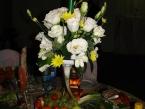 Оформление зала цветами на свадьбу