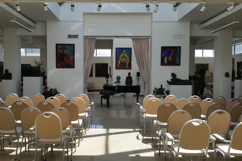 Зал с роялем на  10, 20, 30, 40, 50, 60, 80, 90, 100 человек, метро Таганская